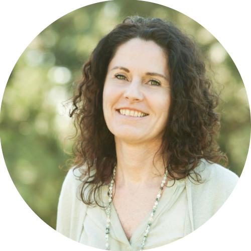 Neue Online-Yoga mit Susanne Blattl: Yoga für Schwangere und Rückbildungsyoga für Mütter mit ihren Babys. Bewegung tut immer gut, daher einfach anmelden und zu Hause mitmachen. Infos direkt bei Susanne Blattl auf www.suyo.at Kontakt und Anmeldung bitte unter 0664/21 26 023 bzw. s.blattl@suyo.at
